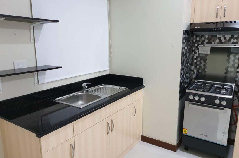 Sheridan Towers - Kitchen v2