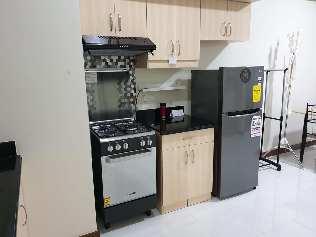 Sheridan Towers - Kitchen v1