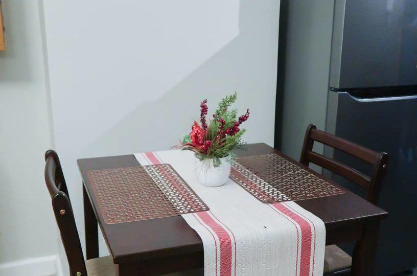 Two Maridien Dinning v1